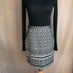 WHBM Safari Print Black & White Pencil Skirt Sz 4